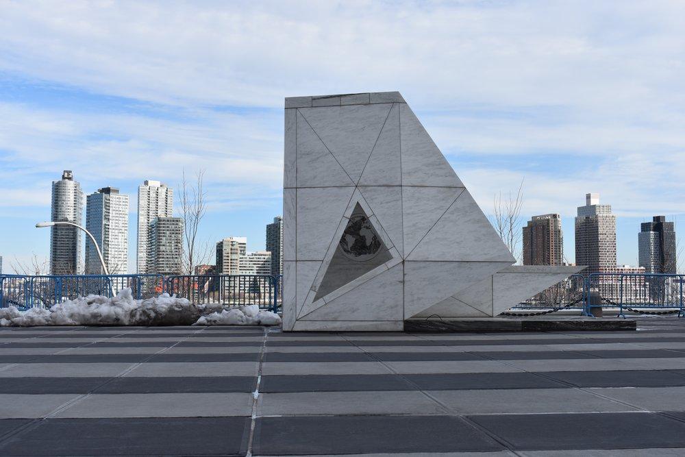 manunomundo_sededaonu_monumento.jpg