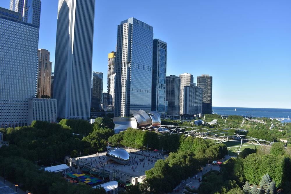 manunomundo_chicago_rooftop.jpg