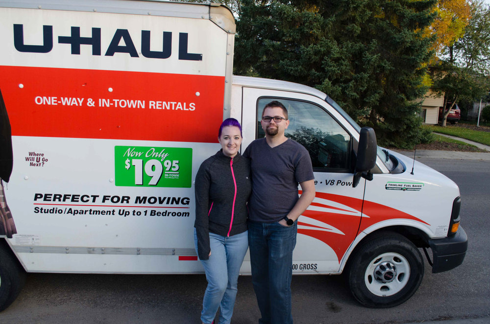 - September 23, 2015 we picked up our U-Haul and begin immigrating to the US. It didn't go all as planned and we didn't arrived until 8 days later. These posts follow that story.