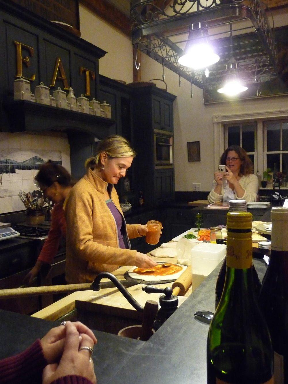 Dani_Coleman_making_pizza.JPG