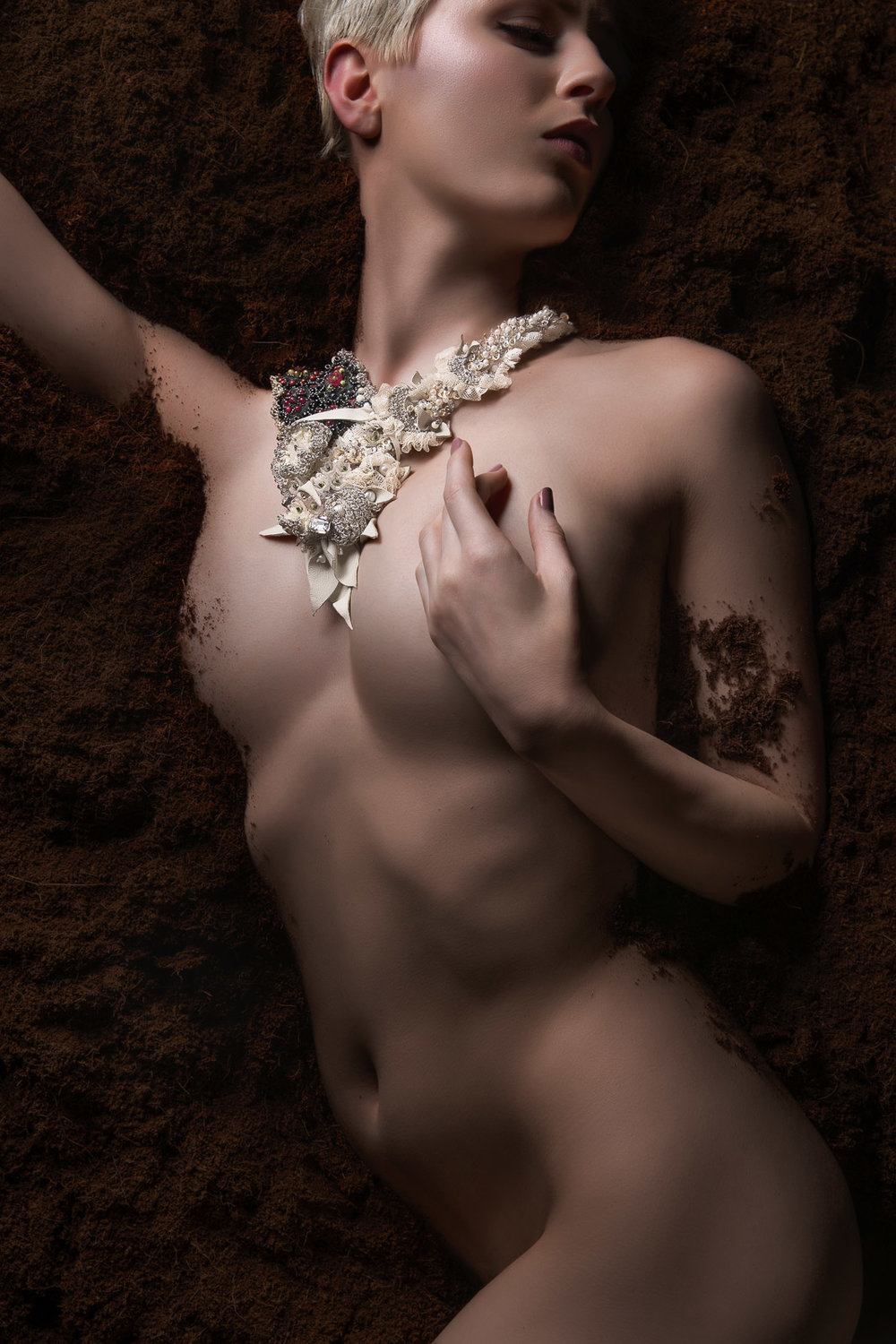 Kuoh Photography - Buried Treasure Beauty Concept - Necklace
