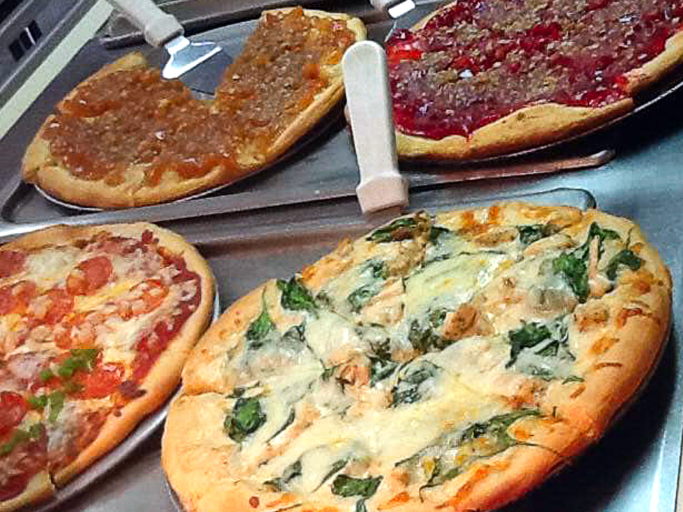 RCTVB-DINING-IN-THE-AREA-PAGE-PIZZA-HOUSE.jpg
