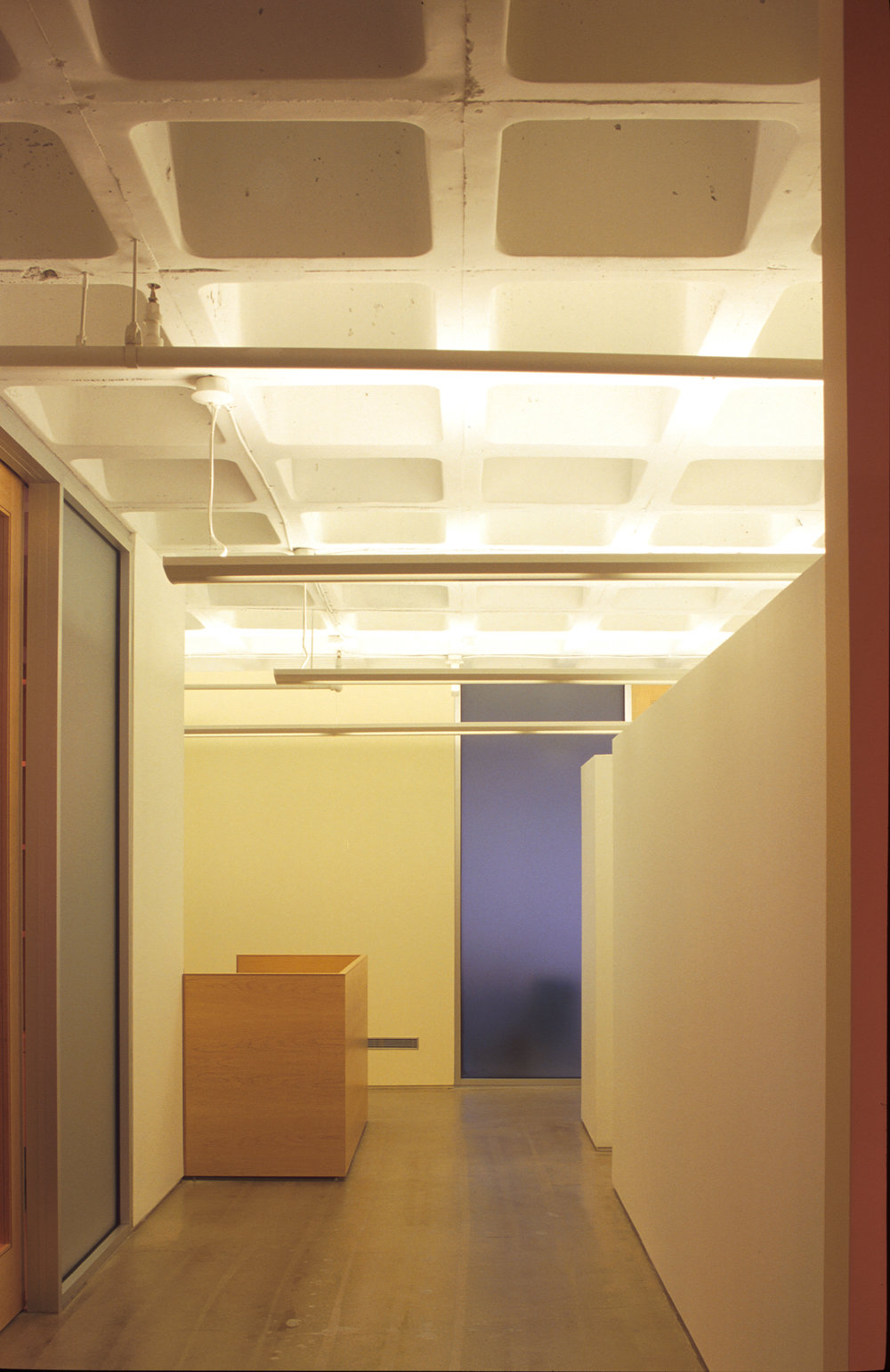 01-BPG - corridor to work station 1A.jpg