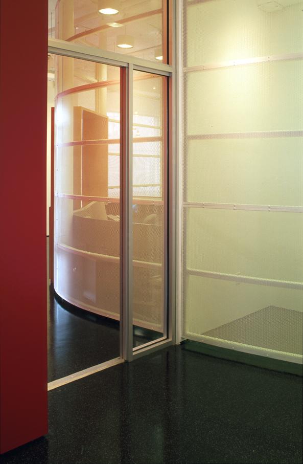 05-TOI-entry door 1.jpg