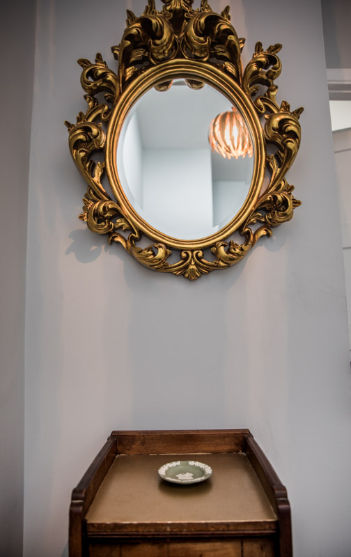 Gold mirror glory