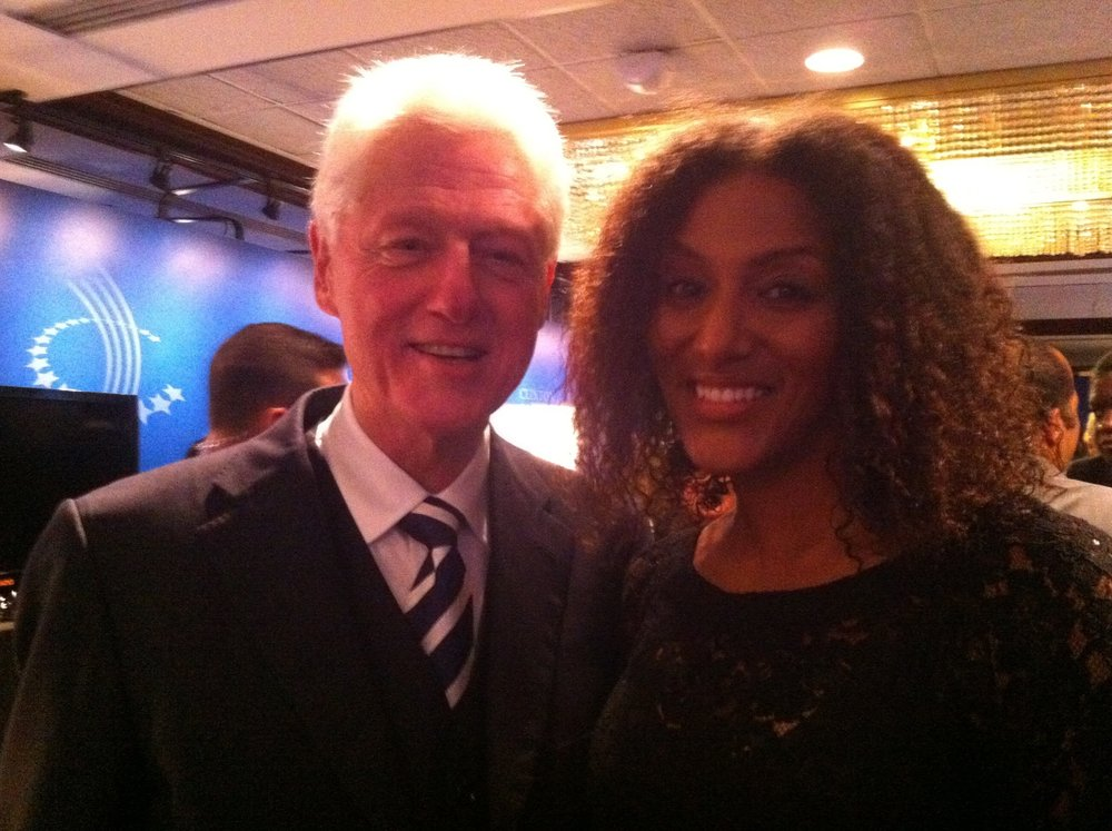 Sarah Jones & Bill Clinton.jpg