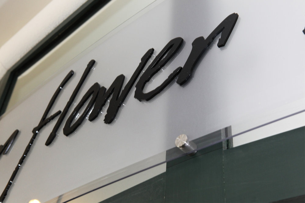 portfolio_signs_flower_letters.jpg
