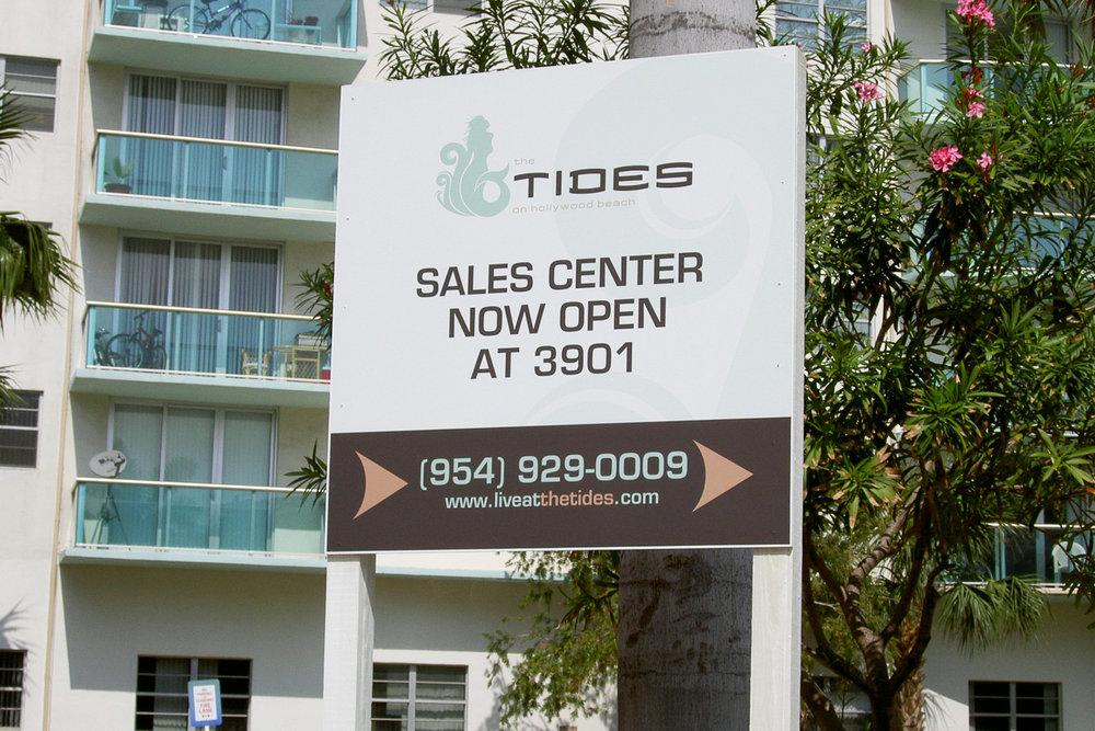 portfolio_signs_tides_sales_center.jpg