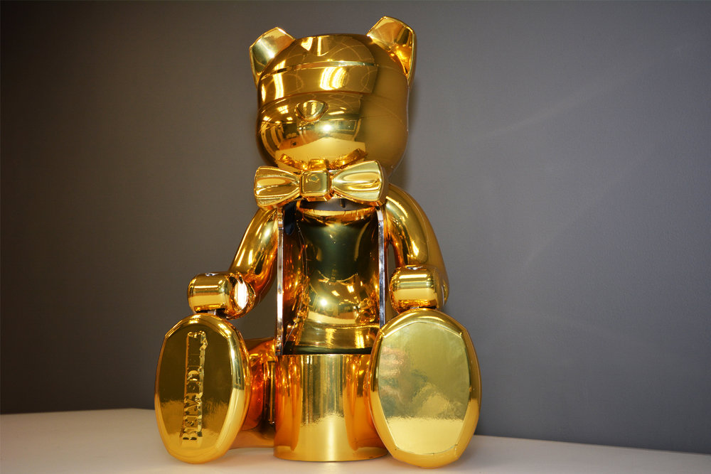 portfolio_everything_gold_bear.jpg