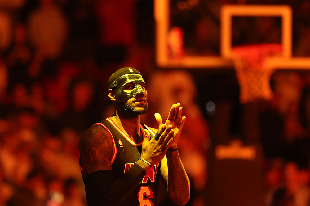portfolio_everything_lebron_black_mask.jpg