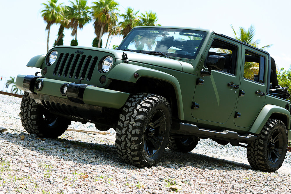 portfolio_wrapz_military_green_jeep.jpg