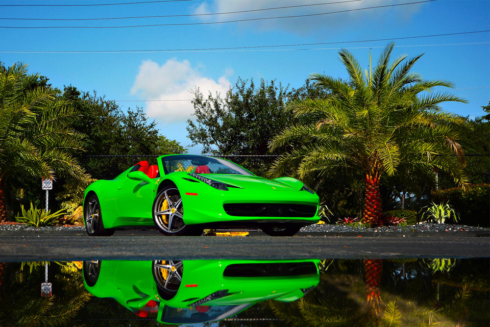 portfolio_wrapz_neon_green_ferarri.jpg