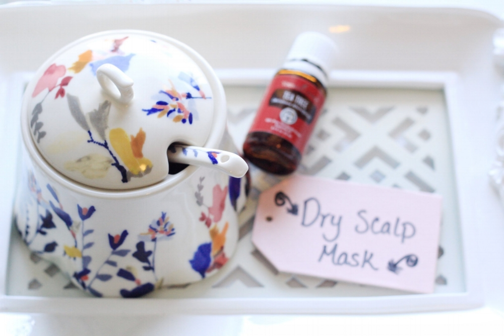 DIY hair mask for a dry itchy scalp, made with moisturizing aloe vera and tea tree essential oil.