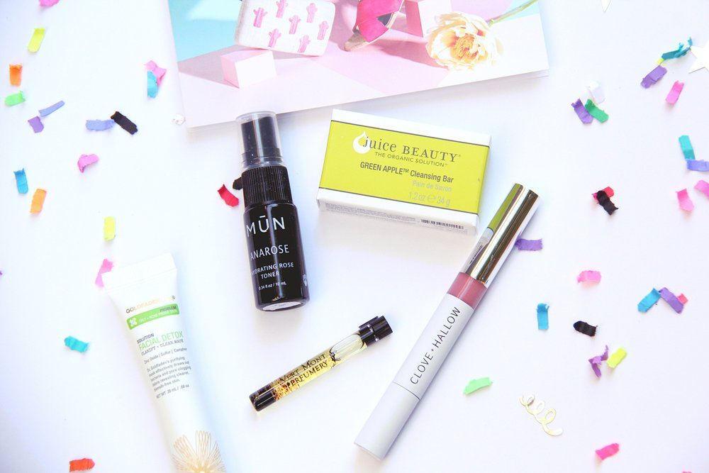 Cruelty free, non toxic beauty products are what Petit Vour does best. See the clean beauty products that were in this month's beauty box!