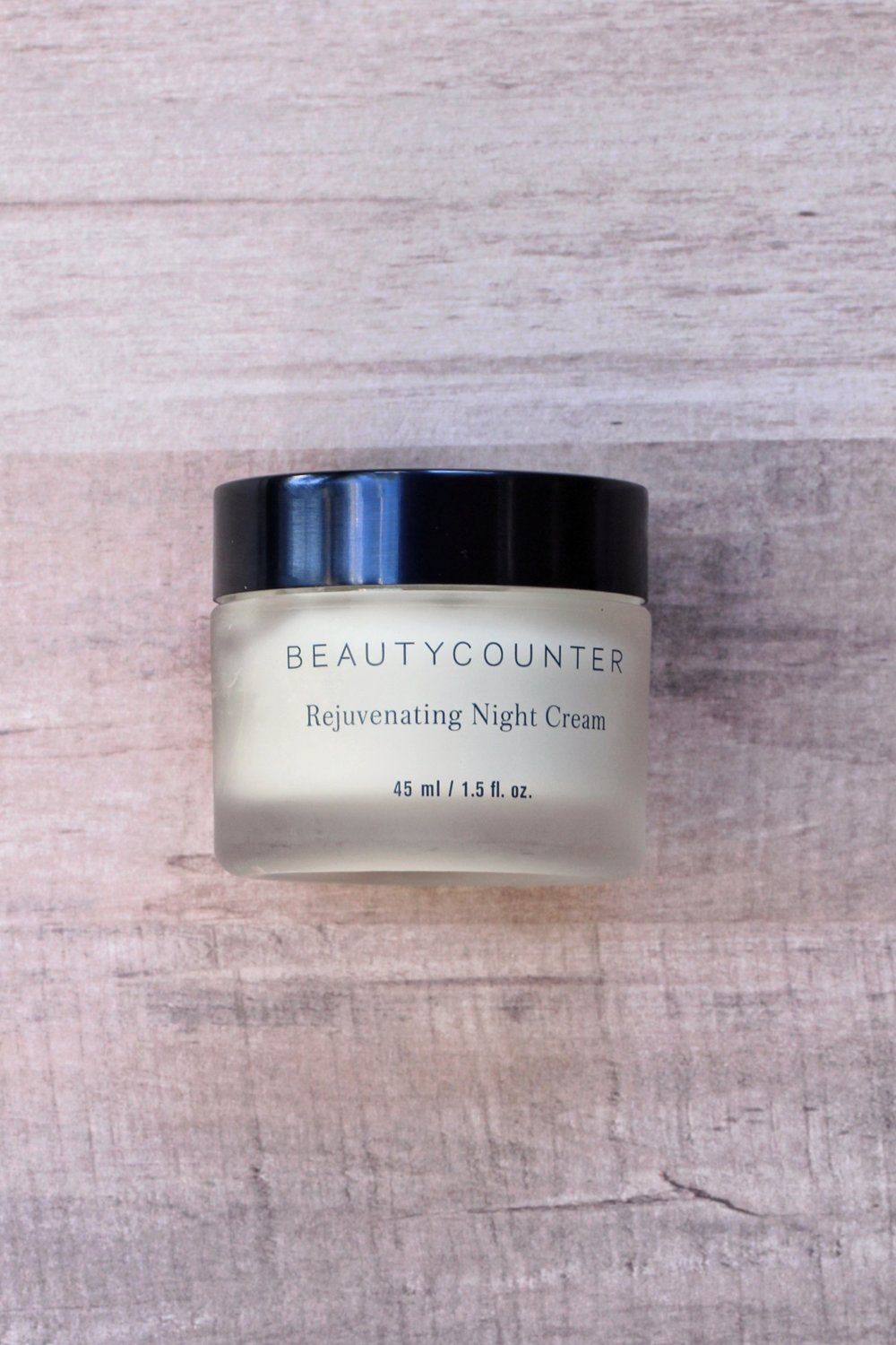 An honest and non biased Beauty Counter skincare review from a mama that is NOT a Beauty Counter consultant!