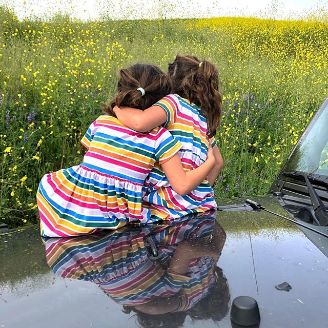 You belong among the wildflowers, you belong somewhere close to me, far away from your trouble and worry, you belong somewhere you feel free 🌸- Tom Petty Just over here soaking up moments with these growing girls 💕 #siblinghoodlove #twinsisters #reflections