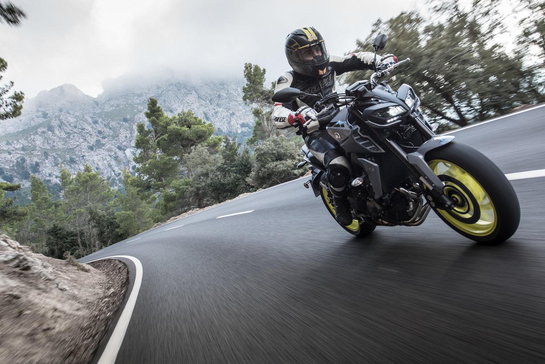Yamaha Mt 09 2017 Review Hertfordshire Rider