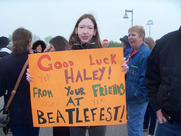 Lisa's sign at the American Idol Rally