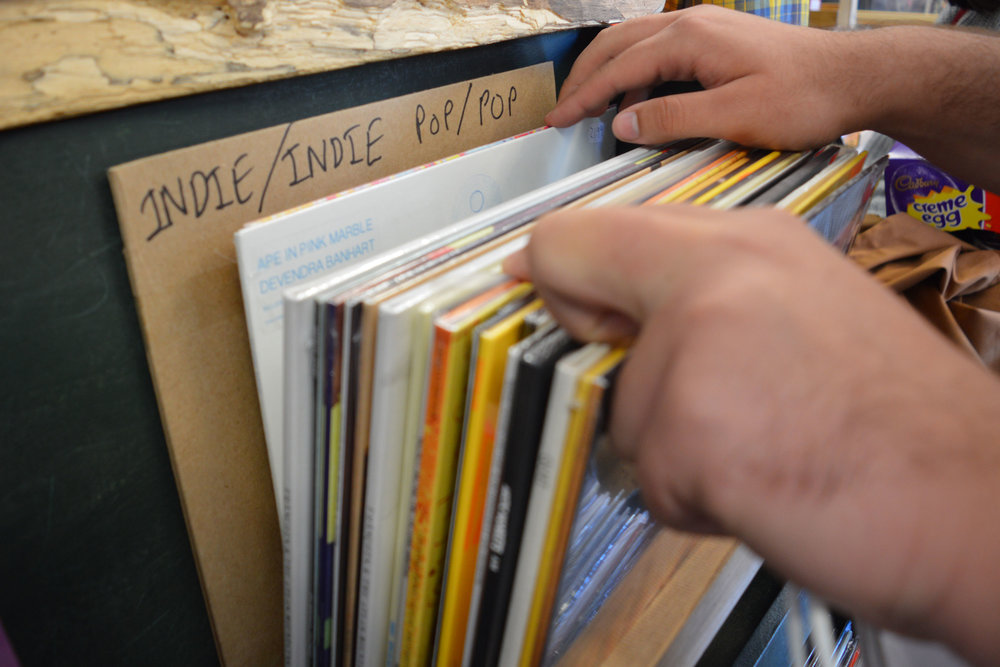 discover-deal-smugglers-records.jpg