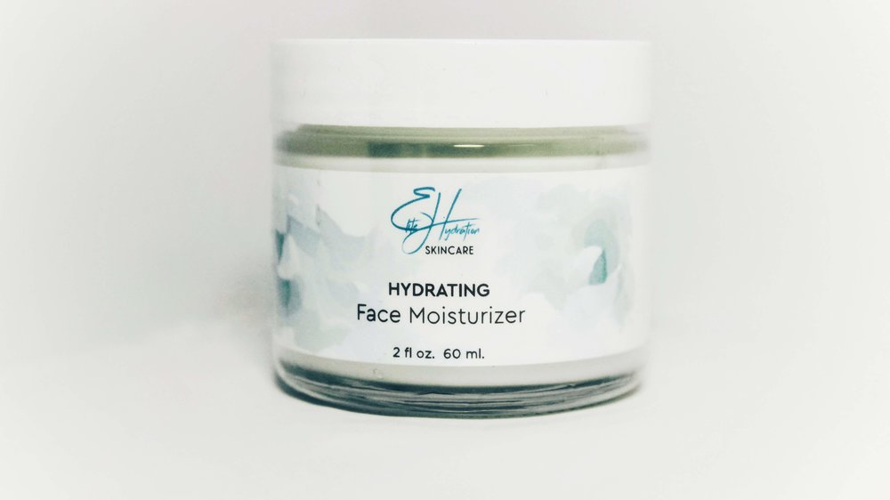 HYDRATING FACE MOISTURIZER - ________ WITH VITA-PLEX™ & HYALURONIC ACID- Instantly hydrates skin- Renews tired skin with long-lasting effects- Leaves skin feeling smooth nourished
