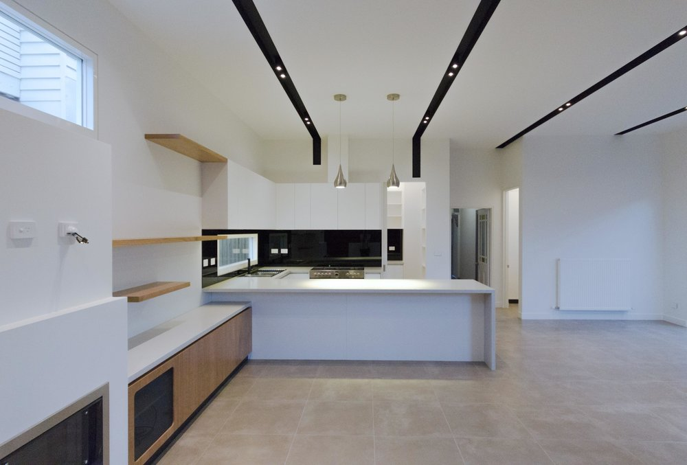 Kitchen Fitout 2 - Lodge.jpg