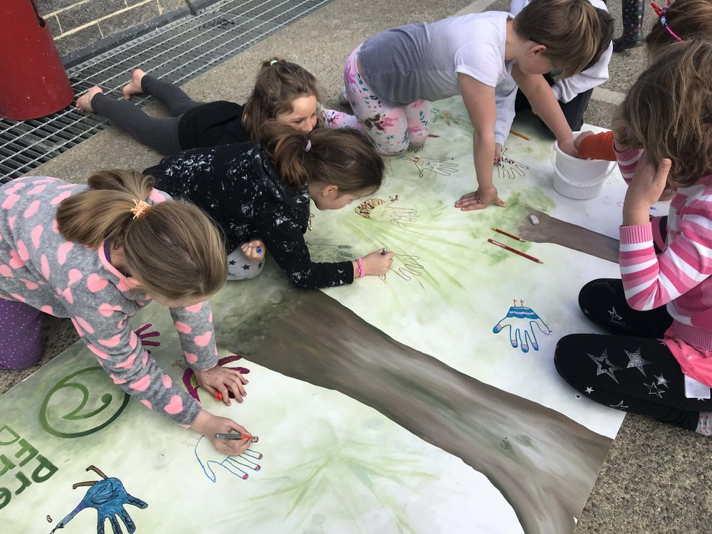 Waitati School participate in Predator Free Dunedin mural