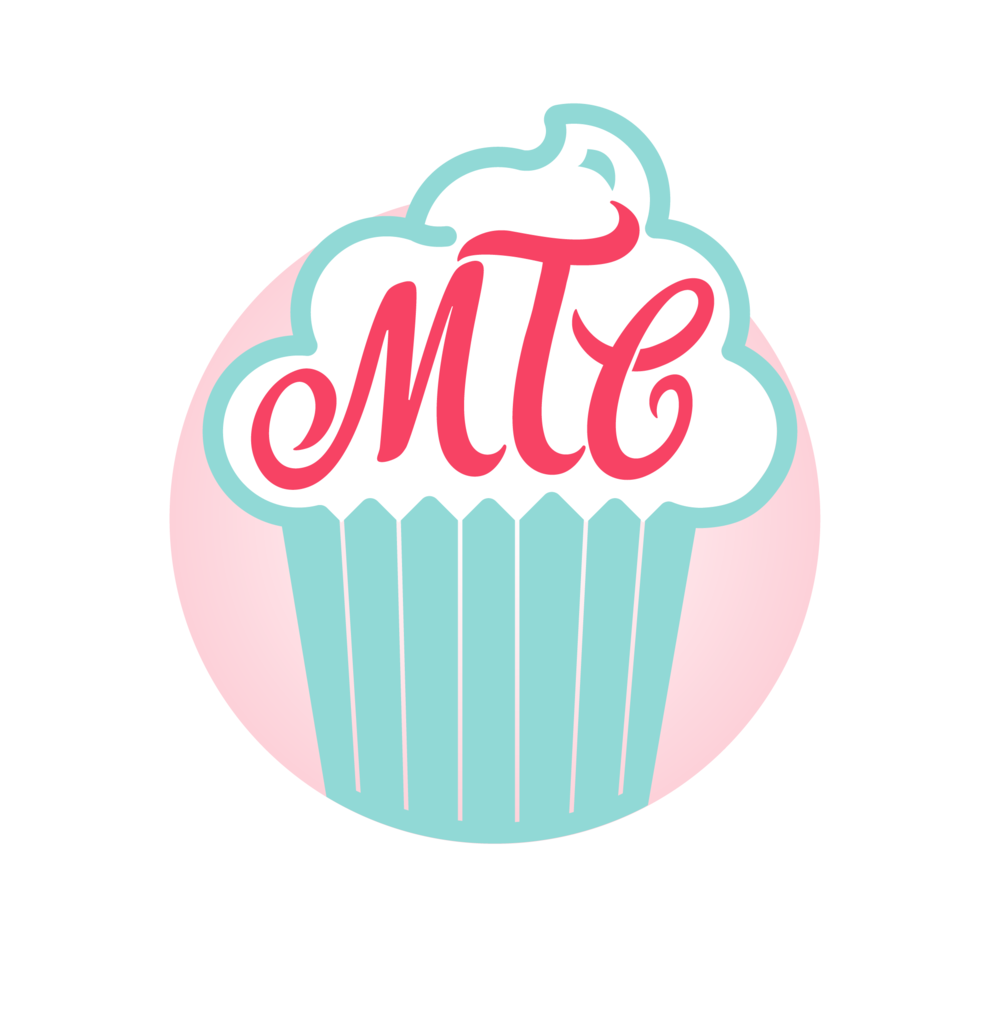 อลตีเมต คัพเค้กช็อกโกแลต    ด้านบนสามารถเลือกระหว่างครีมวานนิลา หรือครีมนมช็อกโกแลต  ท๊อปปิ้งเพิ่มเติม: ฟันเฟตตี้ตามชอบ