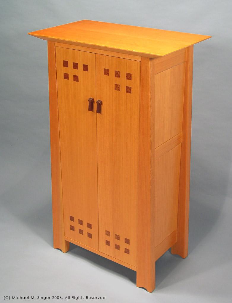 singer cabinet.jpg