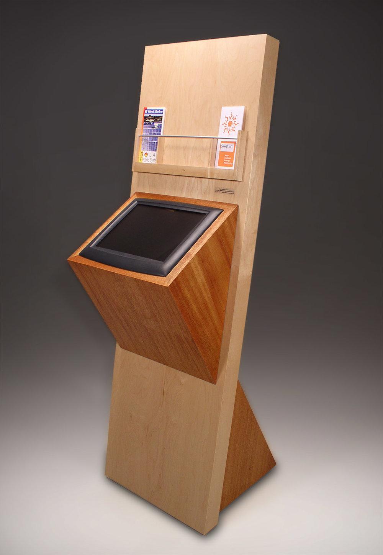 solartech-kiosk-sm.jpg