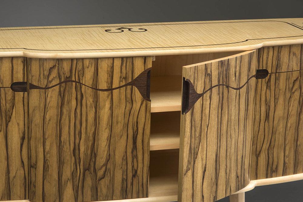 chk-sideboard-21-sm.jpg