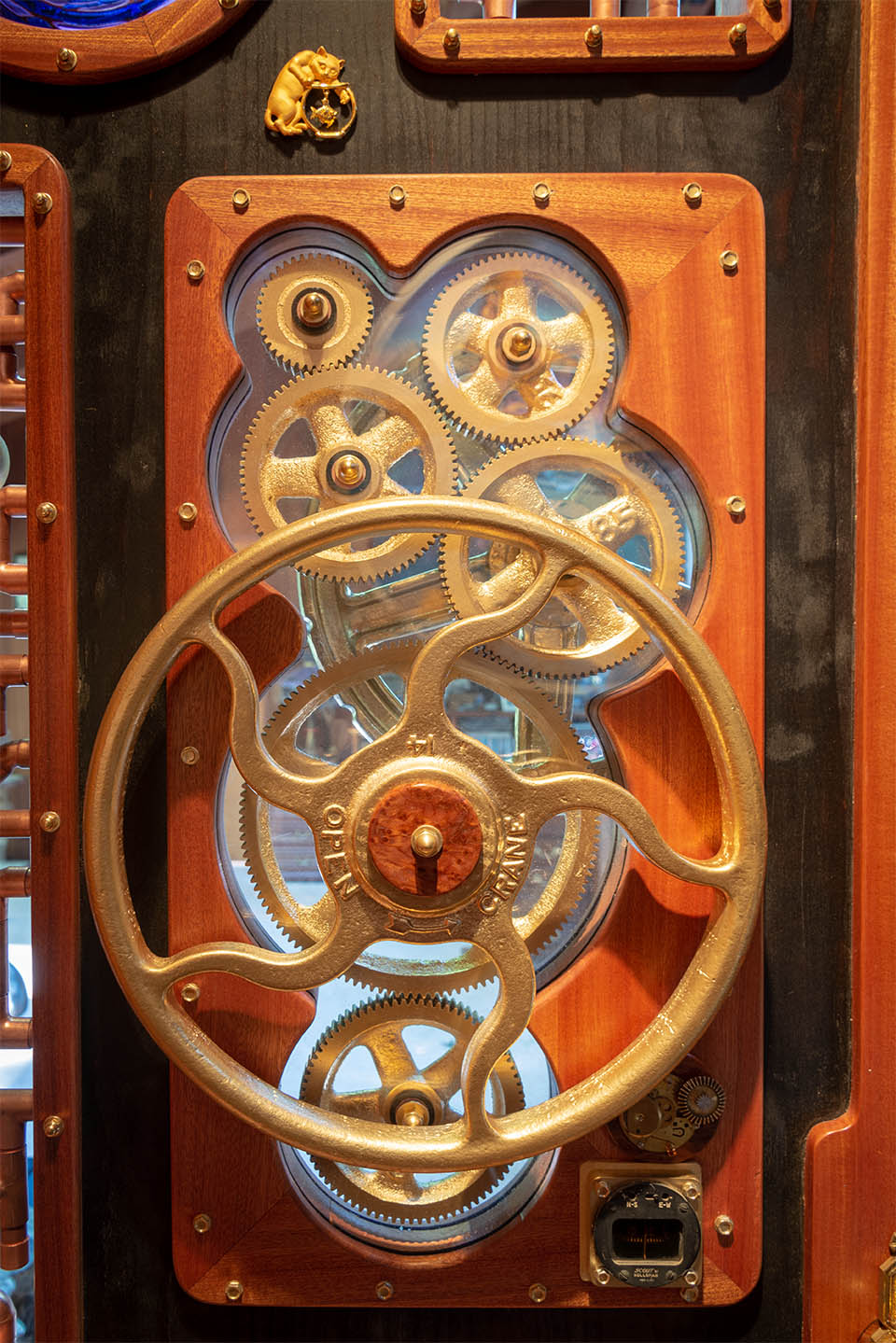 kw door2 gears 2368-sm.jpg