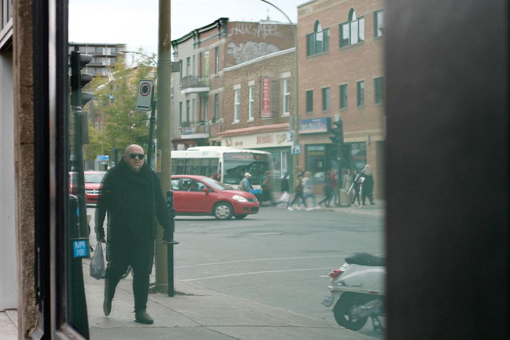 IMG_8486-Montreal-street-photography-via-5thfloorwalkup.com-by-Melina-Peterson.jpg