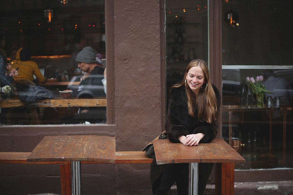 6D9A4121-Meet-A-New-Girl-Interview-Jennifer-by-Melina-Peterson-5thfloorwalkup.com.jpg