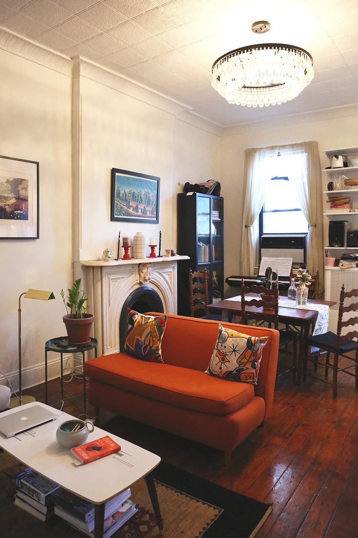 Brooklyn-Apartment-Tour-Meet-A-New-Girl-Interview-Le-Culture-Club-Founder-Mandi-Nyambi-by-5thfloorwalkup.com.jpg