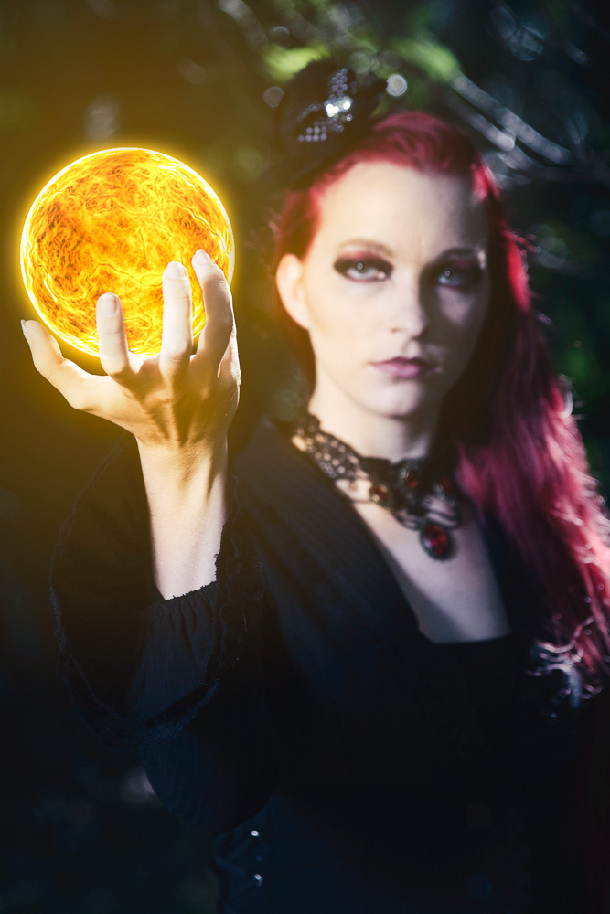 Model: Amanda Paul