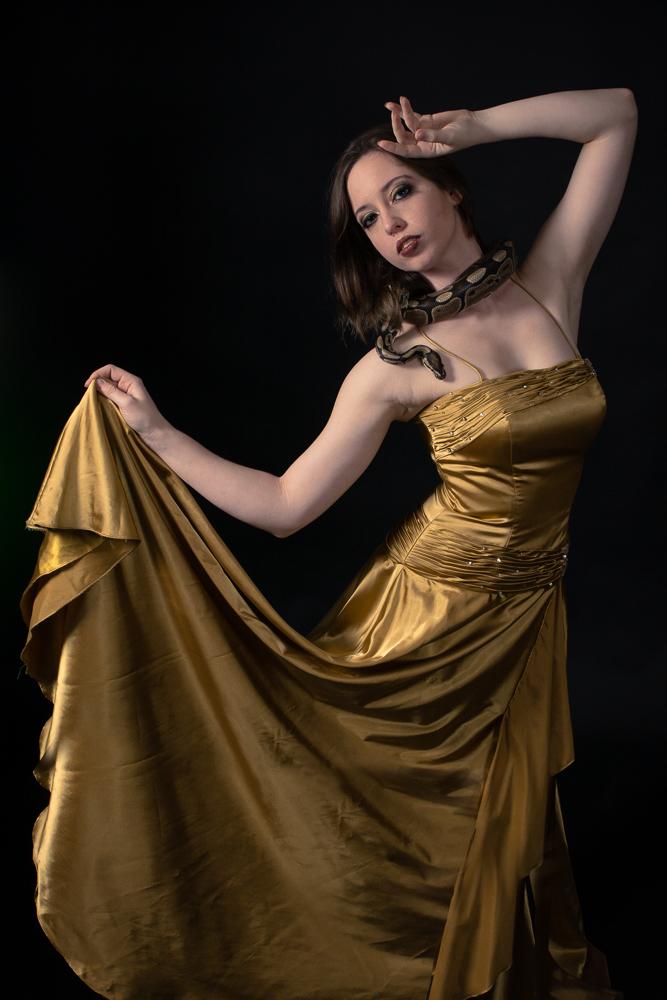 Model: Chelsie Brugger