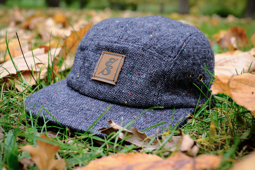 No. 291 Charcoal Tweed 5 Panel with flecks..jpg