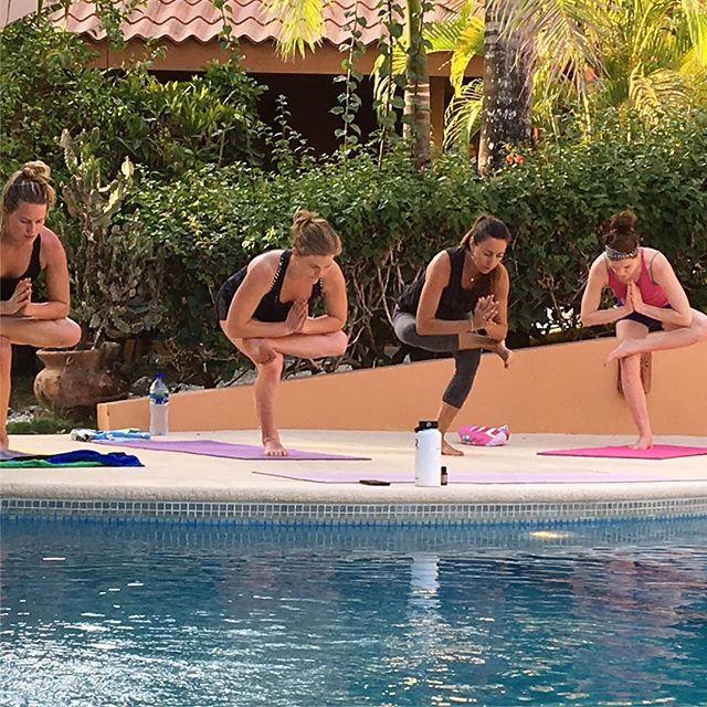 Amazing yoga class with @nancygoodfellow108  @lauramc525 #keleasurfspa #keleasurfspa #surfinglife #yoga @lauramc525