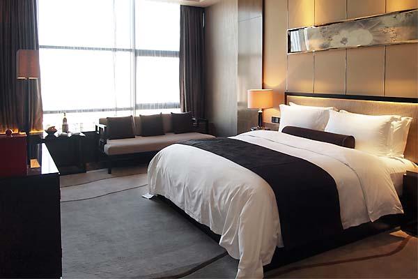 Hotel room contaminated by methamphetamine