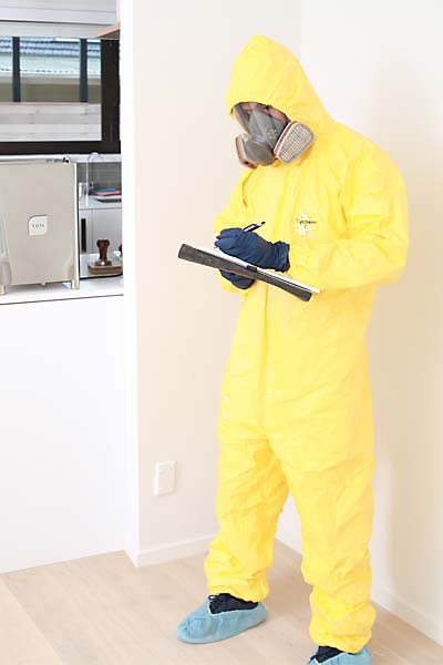 Meth decontaminator checking property for meth contamination