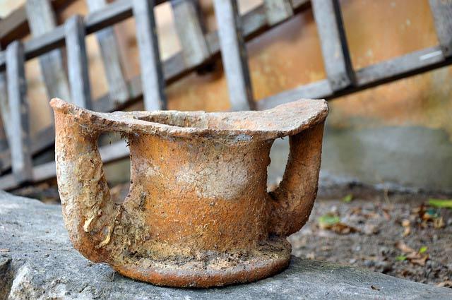 asbestos-clay-pot.jpg