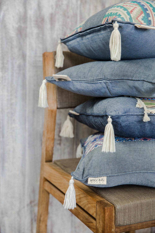 home &accent pillows  -
