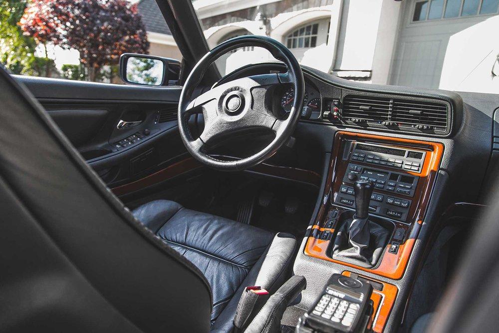 1994-BMW-850CSi-dashboard.jpg