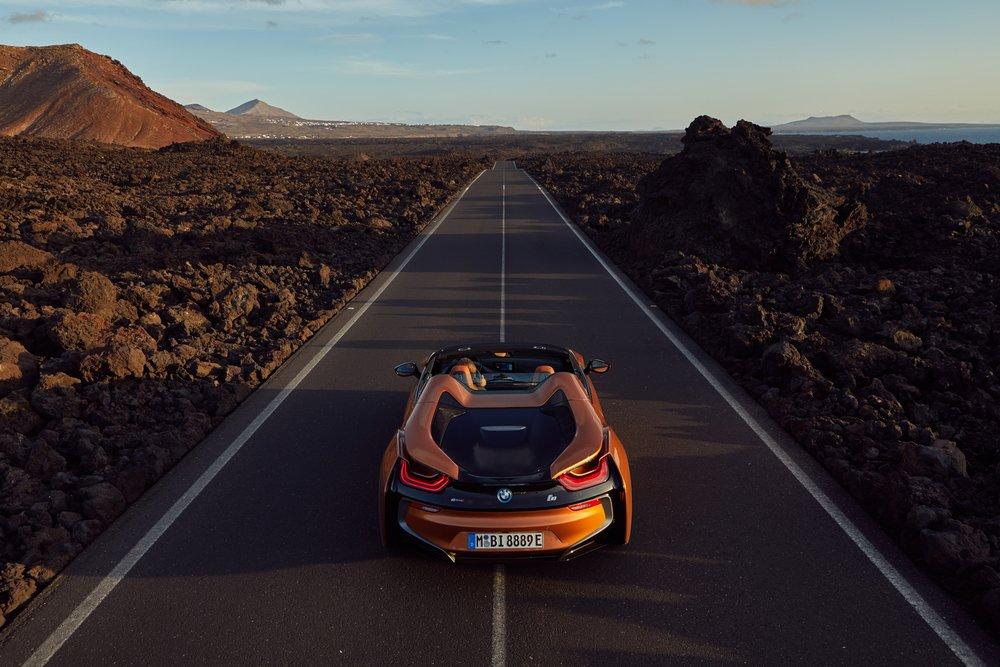 Blacklist - BMW - i8 - Roadster13.jpg