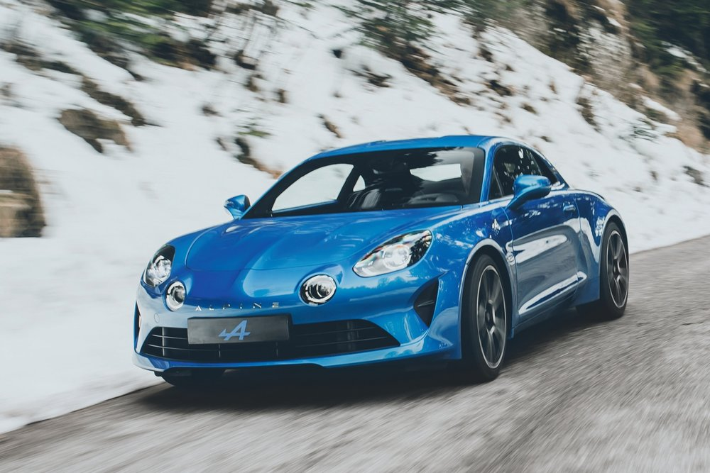 alpine-a110-embargo-geneva-ms-12h30-uk-070317-40.jpg