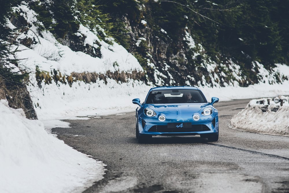 alpine-a110-embargo-geneva-ms-12h30-uk-070317-33.jpg