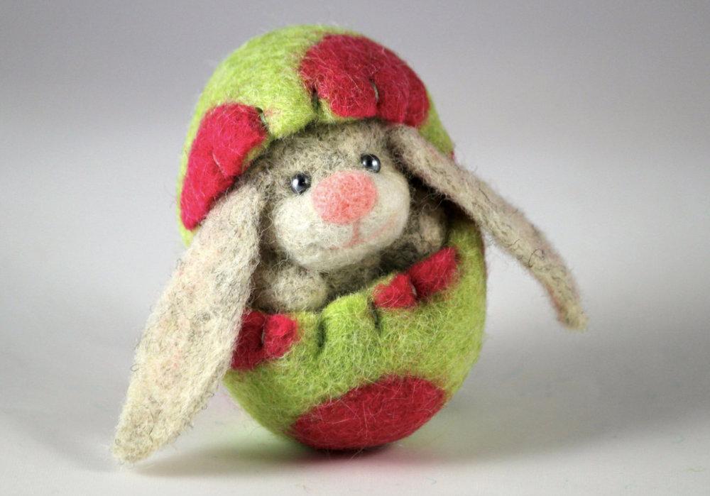 bunny egg green.jpg