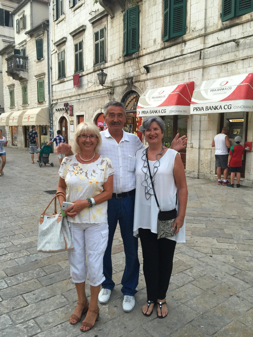 That's me on the right, wearing my 'killer' necklace in Kotor, Montenegro.  With Danka and Rade.