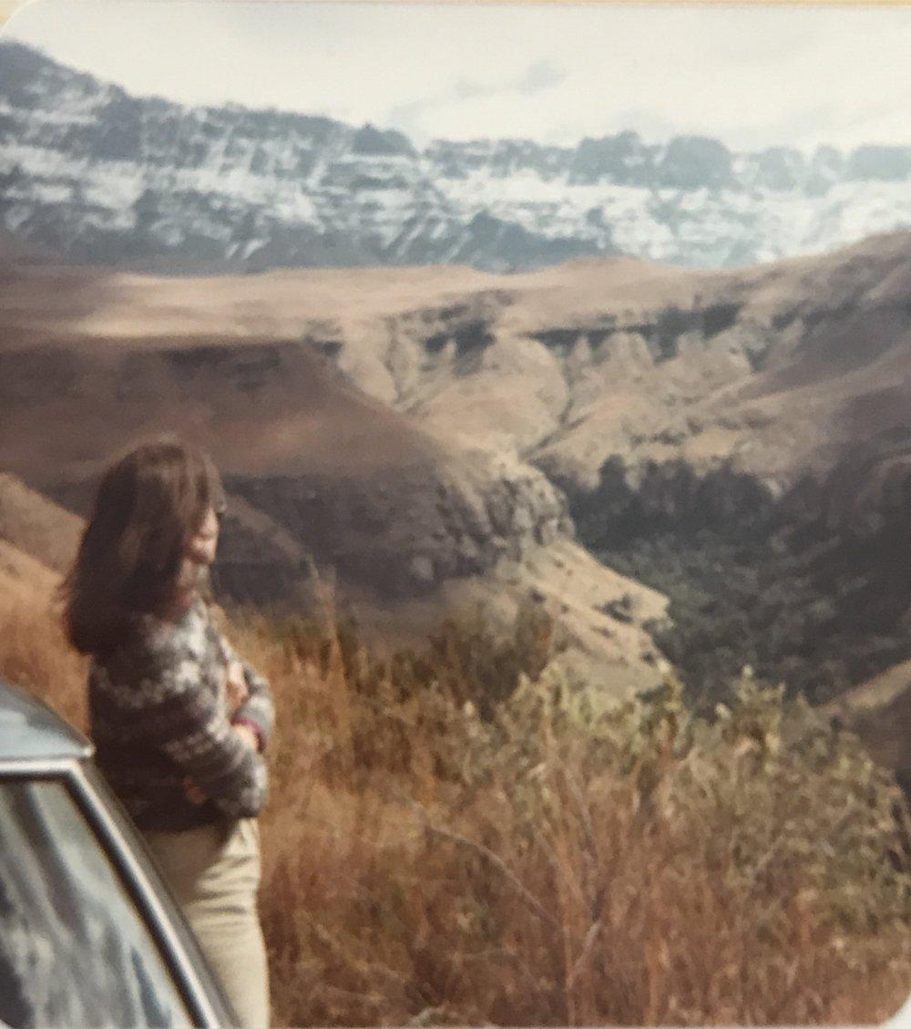 Slobodanka looking at the Drakensberg Mountains