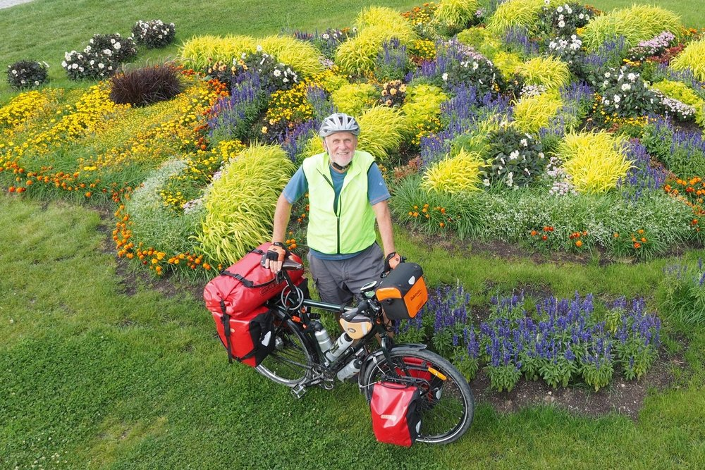 Hans-Jörg and his bicycle - travelling lightly through Europe.